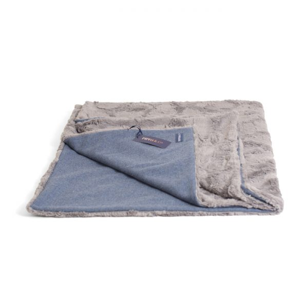 LARGE CLASSIC BLANKET – INFINITY BLUE